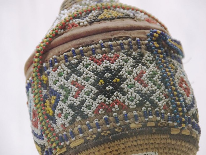 Beadwork_on_Container